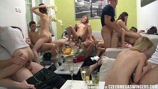 свингеры онлайн порно видео ролики